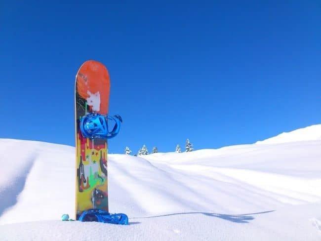 Dárek na vánoce pro muže - snowboard