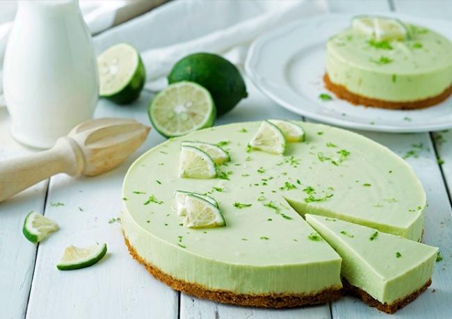 Limetkovo-avokádový cheesecake